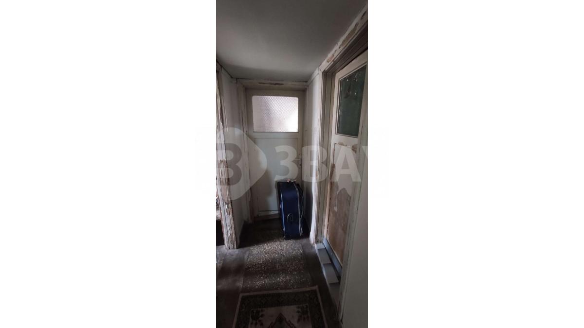67fc7dc8-4573-4304-ab57-20663c48e810.jpg